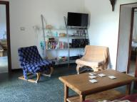 lounge with wifi, satellite freeview, Hi-fi with Ipod/Iphone dock, DVD player and a library.