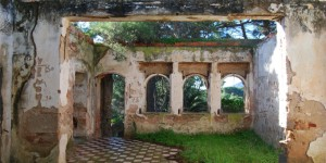 abandonned villa near Alghero